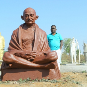 Gandhi Statues (16)