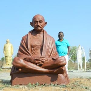 Gandhi Statues (17)
