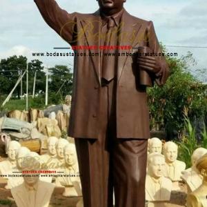 Mysore-Statues-3